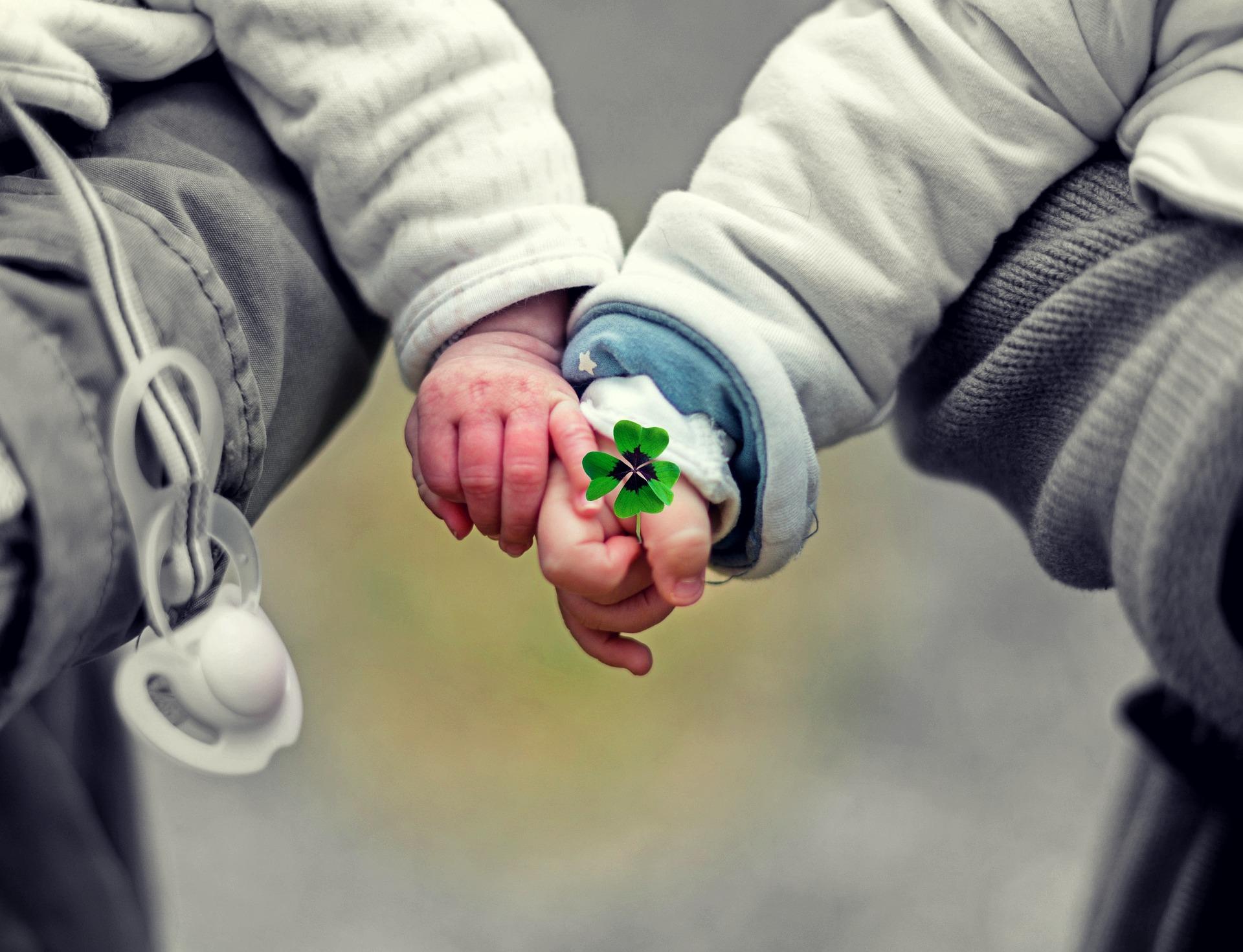 小児がんコミュニティ 手をつなごう。